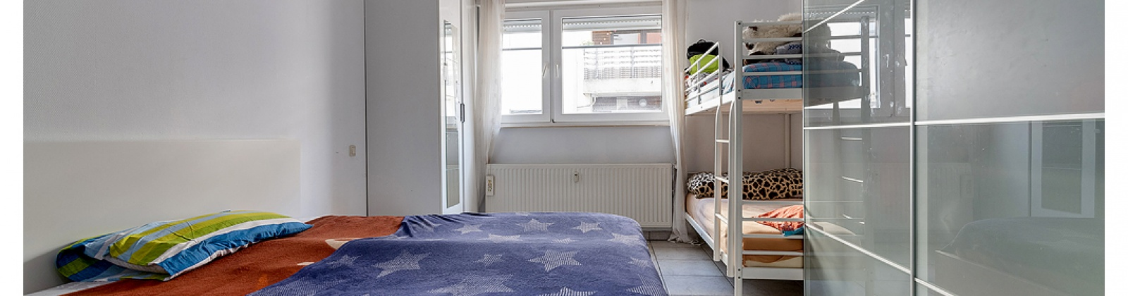 VENDU, 2 Chambres Chambres, ,1 Salle de bainsSalle de bain,Appartement,A vendre,1092